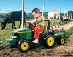 Электромобиль John Deere Power Pull  /Peg Perego